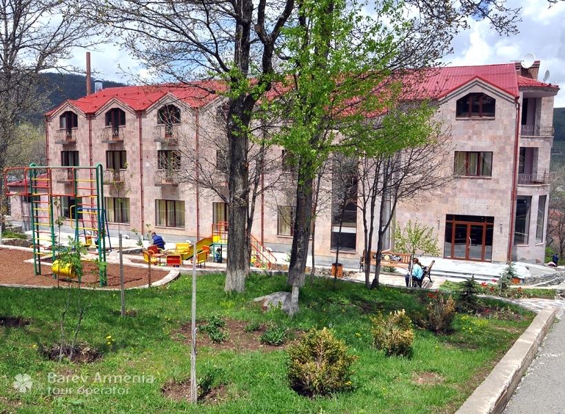 Alpina Hotel Tsaghkadzor Hotels Barev Armenia Tours - Alpina hotel
