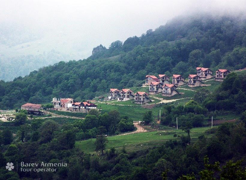 Apaga Gomer Yenokavan Hotels Barev Armenia Tours