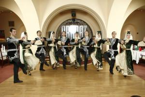 Armenian national dance show (1)